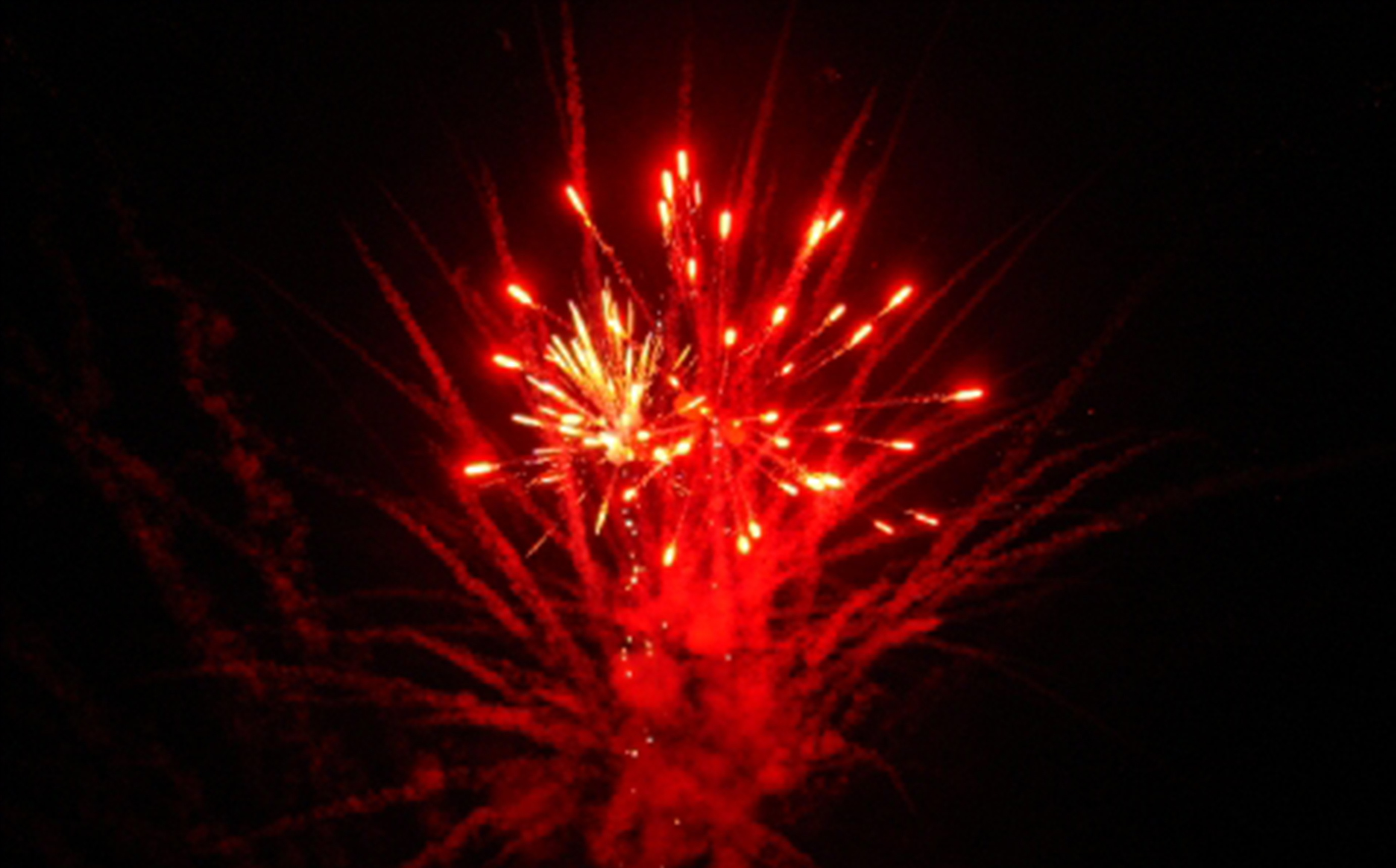 A Firework Solutions Limited display, a large scale display with bright red fireworks